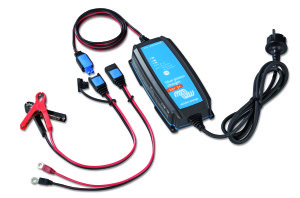 Victron acculader Blue Power IP65 12V 15A Blue Power IP65 Charger 24V 5A + DC connector